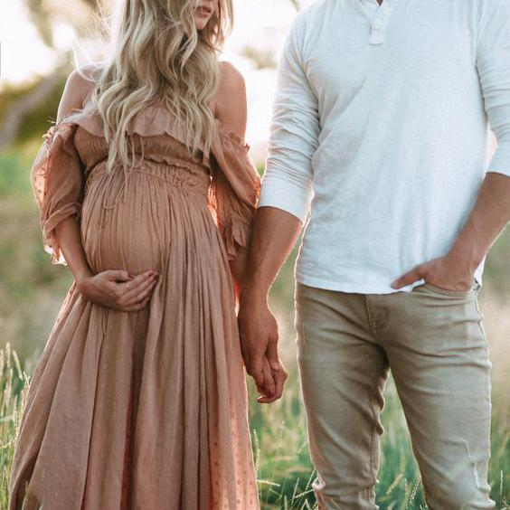 Maternity Photo Shoot Ideas and Tips :: American Pregnancy